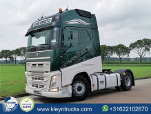 Cabeza tractora Volvo FH 540 productos peligrosos / ADR usada