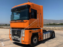 Renault MAGNUM 520.18 DXI tractor unit used