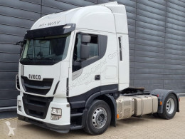 Iveco tractor unit Stralis AS440S48 T/P / Intarder / Service gepflegt