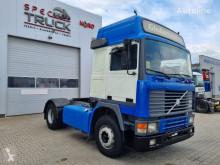 Tracteur Volvo F12 420 , Full blatt , Manual Pumpe, Euro 2 occasion