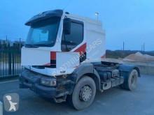 Renault tractor unit Kerax 420