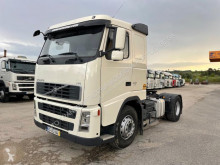 Tractor Volvo FH13 400