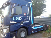 Renault T-Series 440 tractor unit used