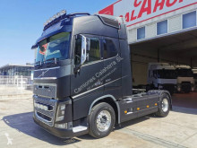 Cabeza tractora Volvo FH16 550 usada