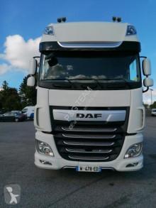 Cabeza tractora DAF XF nueva