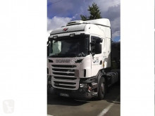 Scania R 400 tractor unit damaged