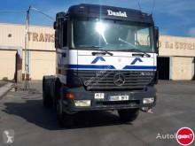 Mercedes tractor unit 2040