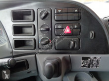 Voir les photos Tracteur Mercedes 2040