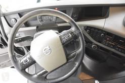 Vedere le foto Autoarticolato Volvo FH13