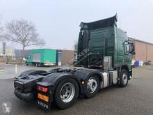 Voir les photos Tracteur Volvo FM 460