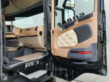View images Scania R 580 tractor unit