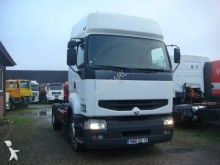 Voir les photos Tracteur Renault Premium 385