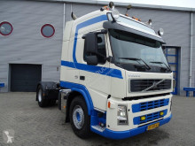 Voir les photos Tracteur Volvo FM13