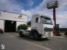 Voir les photos Tracteur Volvo FH12 420