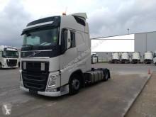 Vedeţi fotografiile Cap tractor Volvo FH 540