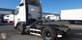 Voir les photos Tracteur Volvo FH 380