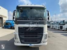Преглед на снимките Влекач Volvo FH13 460
