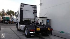 View images Iveco Stralis 460 Hi-Way tractor unit