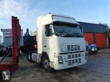 Voir les photos Tracteur Volvo F12 500