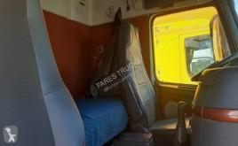 Voir les photos Tracteur Volvo FH16 550