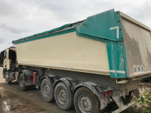 View images Nc KERAX C520 tractor unit