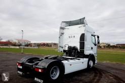 Zobaczyć zdjęcia Ciągnik siodłowy Renault Premium 460 EEV