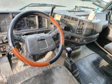Vedere le foto Trattore Volvo FH12 420