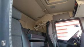 Voir les photos Tracteur Scania P 380