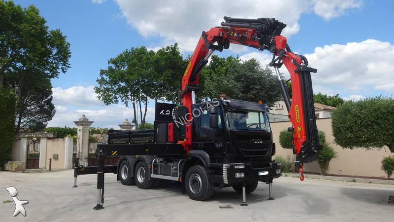 Voir les photos Camion Iveco Trakker AD 720 T 45 T