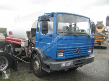 Renault Gamme M 150 truck used oil/fuel tanker