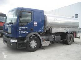 Vrachtwagen Renault Premium 300 tweedehands tank koolwaterstoffen