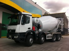 Camion béton toupie / Malaxeur Mercedes Actros
