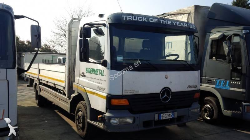 Voir les photos Camion Mercedes 1017