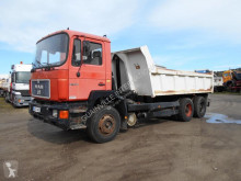 Camion MAN F2000 benne Enrochement occasion