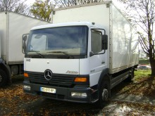 Camion Mercedes Atego 1217 furgone plywood / polyfond usato
