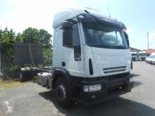 Camion châssis Iveco Eurocargo 180E28