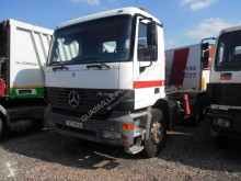 Camion polybenne accidenté Mercedes Actros 3331