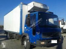 камион Volvo FL 220