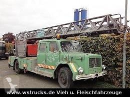 Camião Magirus-Deutz Drehleiter DL 30 KHD 150 PS Jupiter estrado / caixa aberta usado