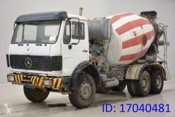 Camion calcestruzzo rotore / Mescolatore Mercedes 2225