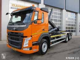 Camión Gancho portacontenedor Volvo FM 410