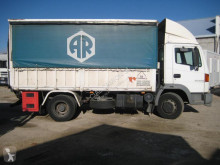 Camion Nissan Atleon 210 plateau standard occasion