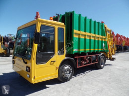 Fresia waste collection truck f180 – metrocab
