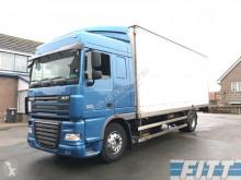 Vrachtwagen DAF XF105 tweedehands bakwagen