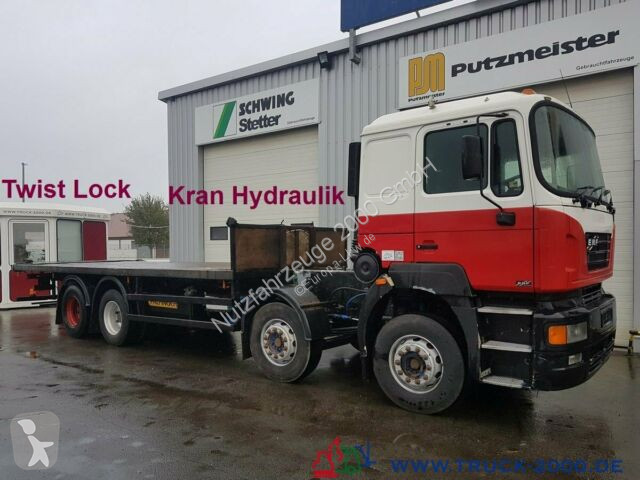 Voir les photos Camion MAN 41.410 8x4 Kran vor. Rechtslen. Right Hand Drive