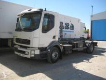 Camión Gancho portacontenedor Volvo FL 240-12