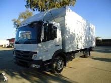 Camión furgón Mercedes Atego 1222
