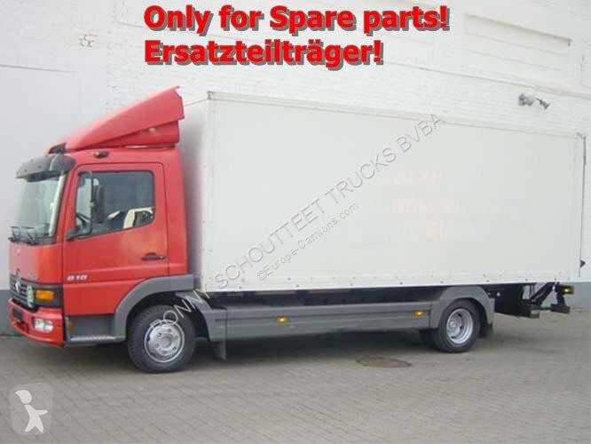 Voir les photos Camion Mercedes Atego 818L 4x2 Standheizung/Klima/eFH.