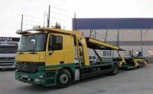 Mercedes car carrier truck Actros 1840