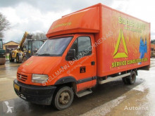 Camion fourgon Renault 130.35